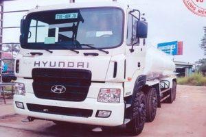 xe-o-to-xi-tec-phun-nuoc-rua-duong-4-chan Hyundai 16m3